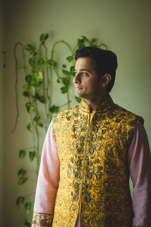 destination-wedding-photography-dubai-into-candid-gurudwara-rv-031.jpg