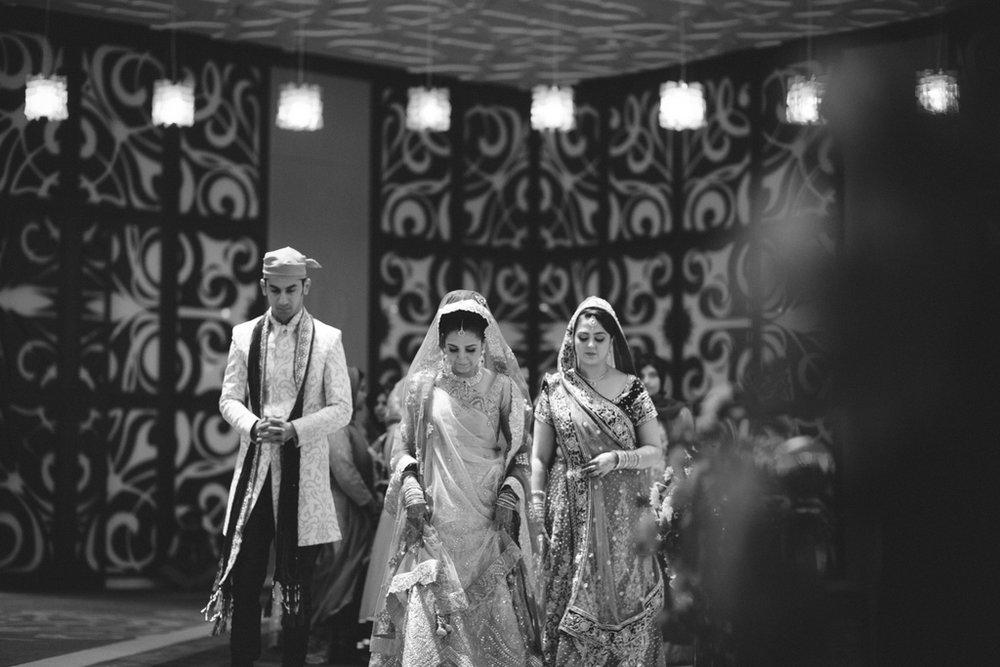 destination-wedding-photography-dubai-into-candid-gurudwara-rv-040.jpg