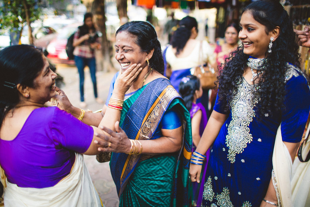 mumbai-candid-wedding-photographer-into-candid-av-03.jpg