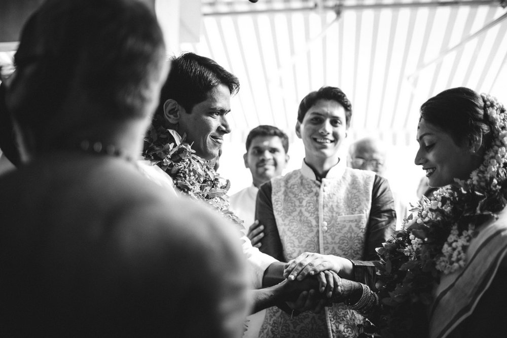mumbai-candid-wedding-photographer-into-candid-av-13.jpg