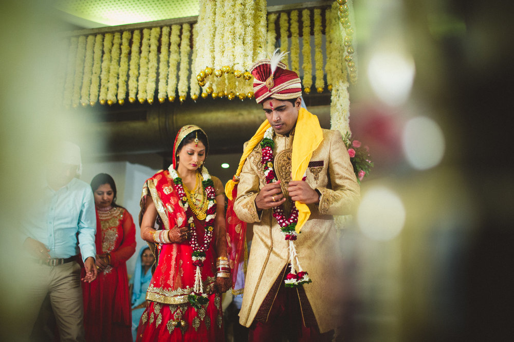 mumbai-candid-wedding-photographer-into-candid-av-37.jpg