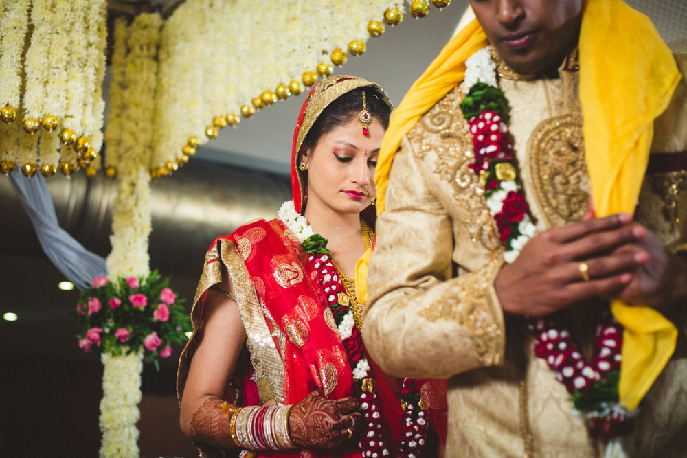mumbai-candid-wedding-photographer-into-candid-av-38.jpg