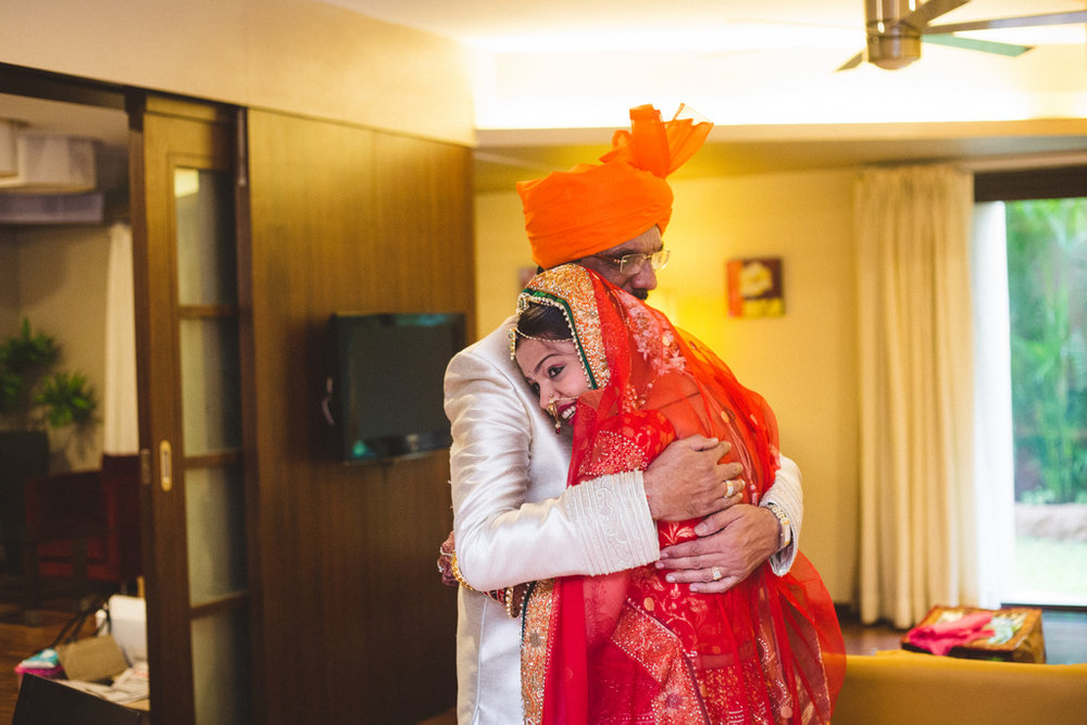 pune-corinthains-wedding-into-candid-photography-da-04-2.jpg