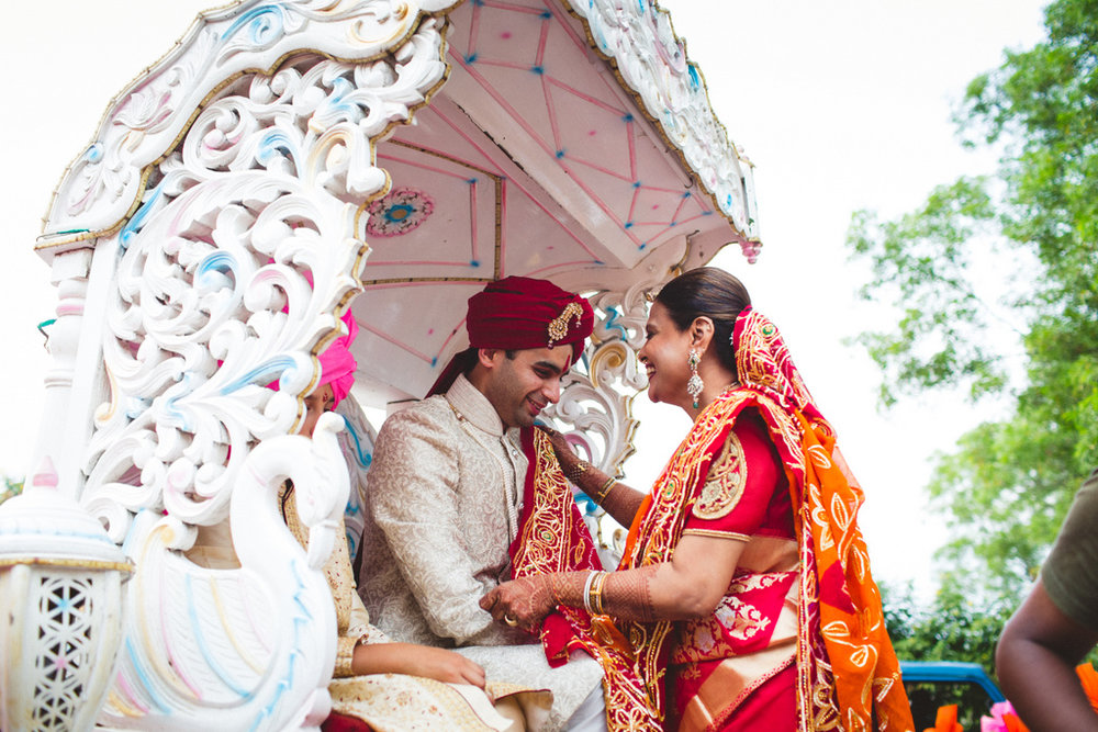 pune-corinthains-wedding-into-candid-photography-da-34.jpg