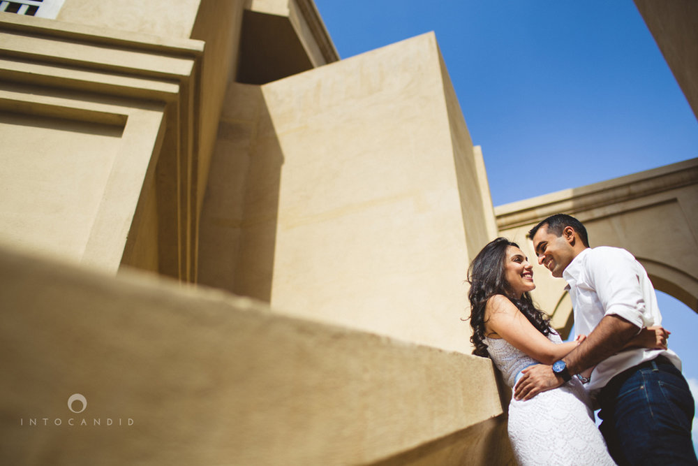 01-dubai-downtown-soukalbahar-wedding-photography-intocandid-couple-session-.jpg