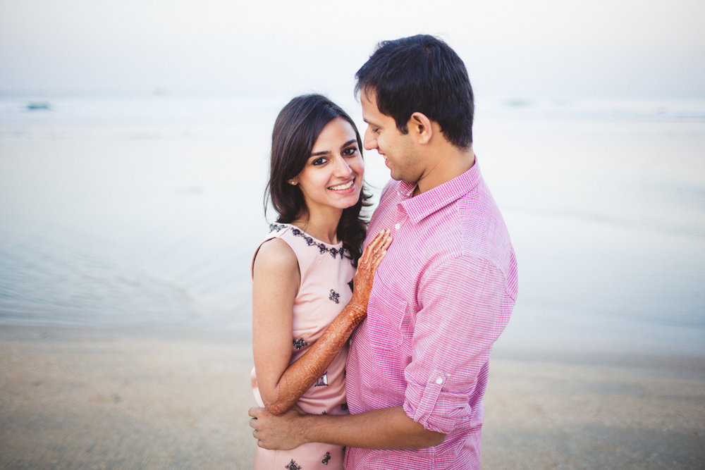zuri-goa-wedding-couple-session-intocandid-photography-rg-10.jpg