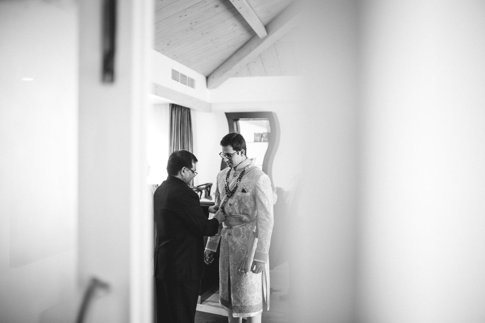 zuriwhitesands-goa-destination-wedding-photography-intocandid-18.jpg