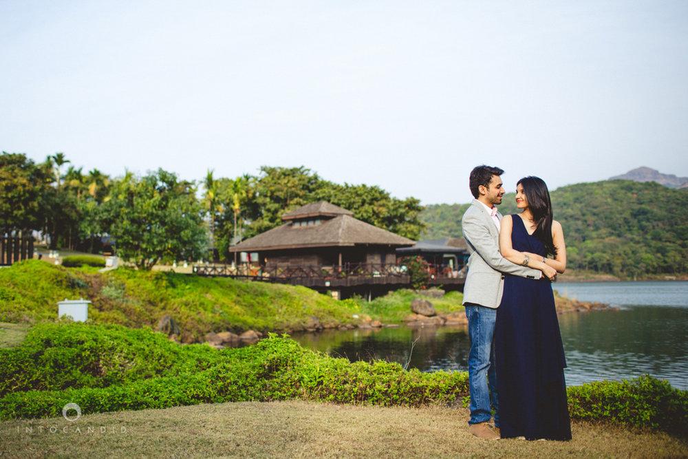 aambyvalley-lonavala-coupleshoot-prewedding-intocandid-ma-10.jpg