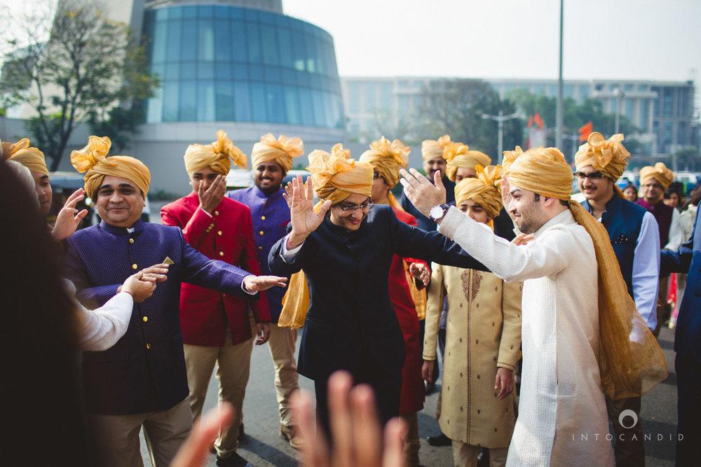 saharastar-mumbai-hindu-wedding-photography-intocandid-ma-27.jpg