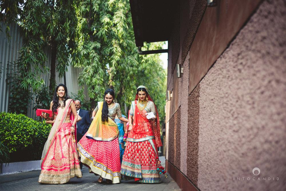 saharastar-mumbai-hindu-wedding-photography-intocandid-ma-32.jpg