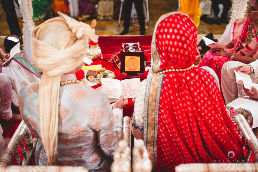 saharastar-mumbai-hindu-wedding-photography-intocandid-ma-36.jpg