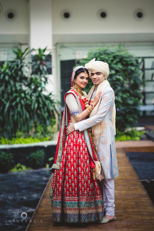 saharastar-mumbai-hindu-wedding-photography-intocandid-ma-53.jpg