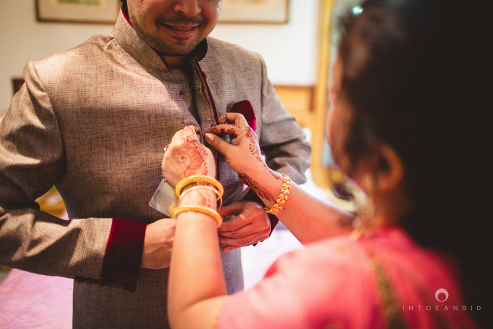 juhuhotel-mumbai-hindu-wedding-photography-intocandid-photography-nj-07.jpg