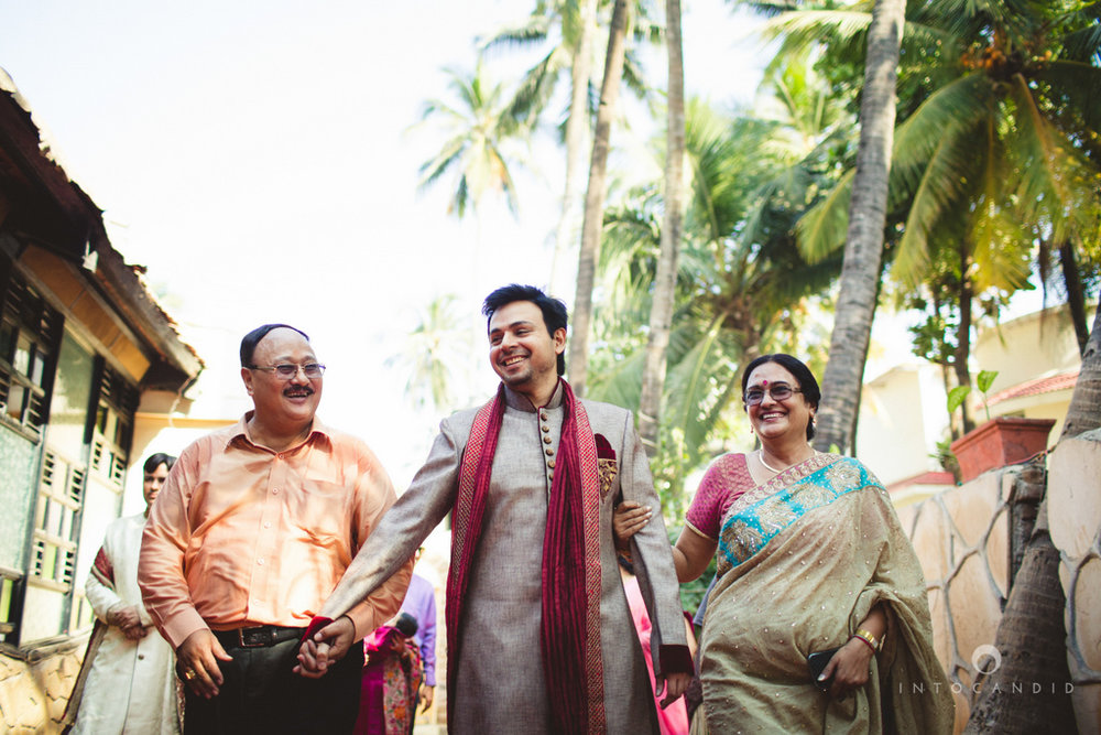 juhuhotel-mumbai-hindu-wedding-photography-intocandid-photography-nj-12.jpg