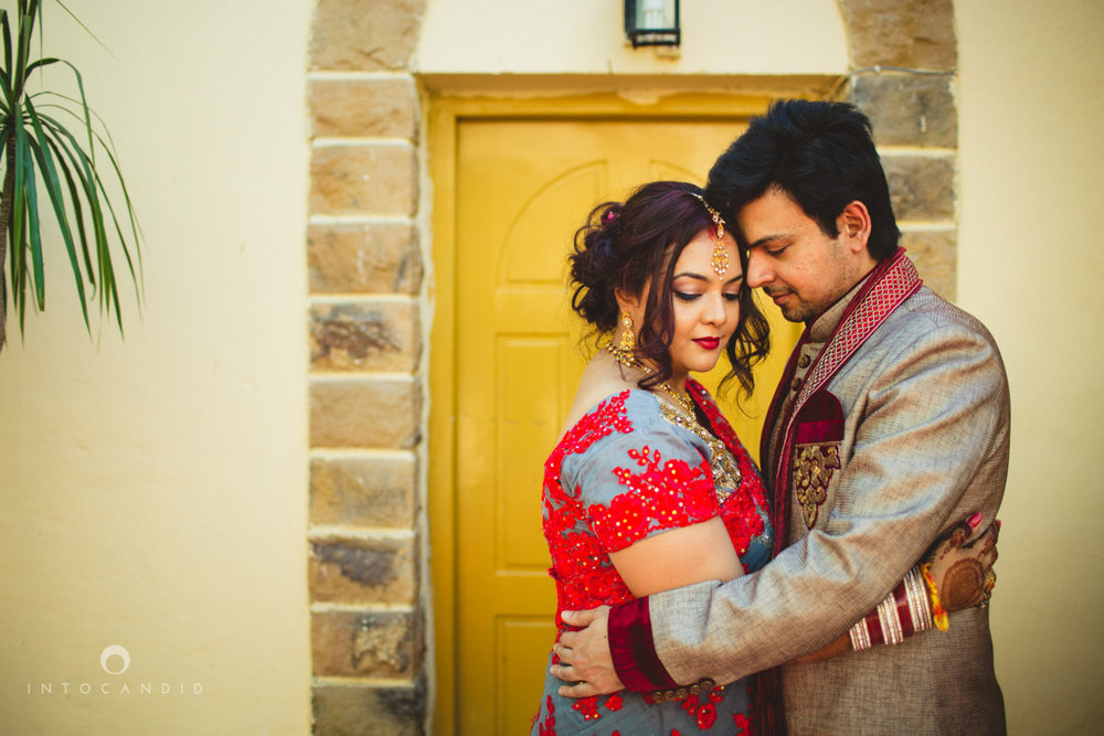 juhuhotel-mumbai-hindu-wedding-photography-intocandid-photography-nj-32.jpg