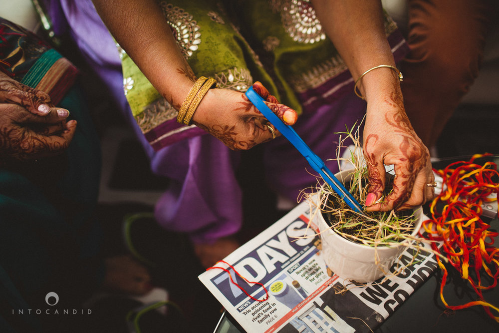 dubai-destination-wedding-into-candid-photography-haldi-pr-035.jpg