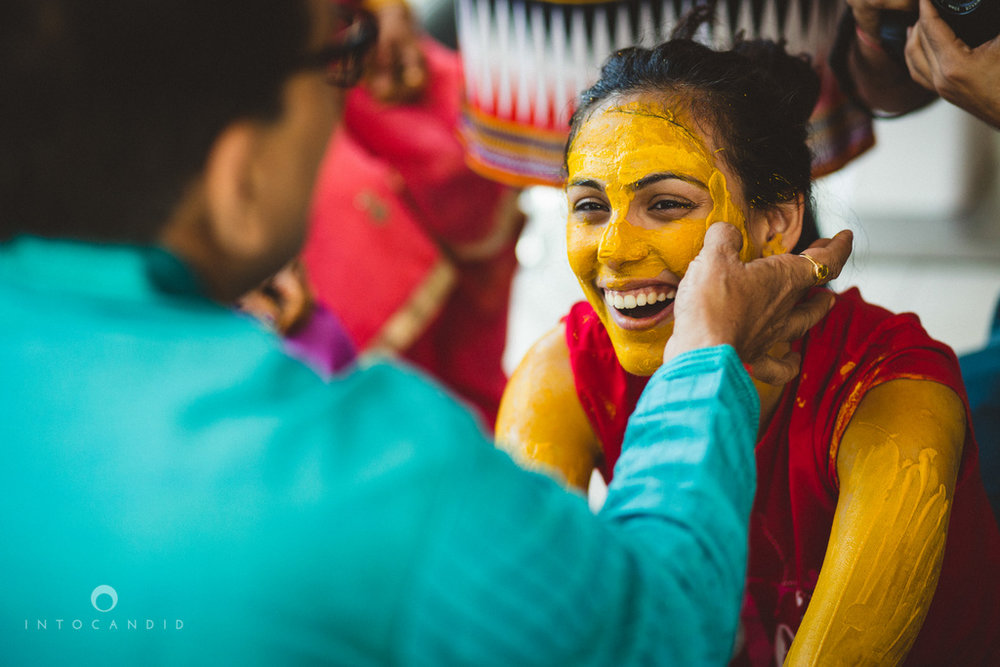 dubai-destination-wedding-into-candid-photography-haldi-pr-045.jpg