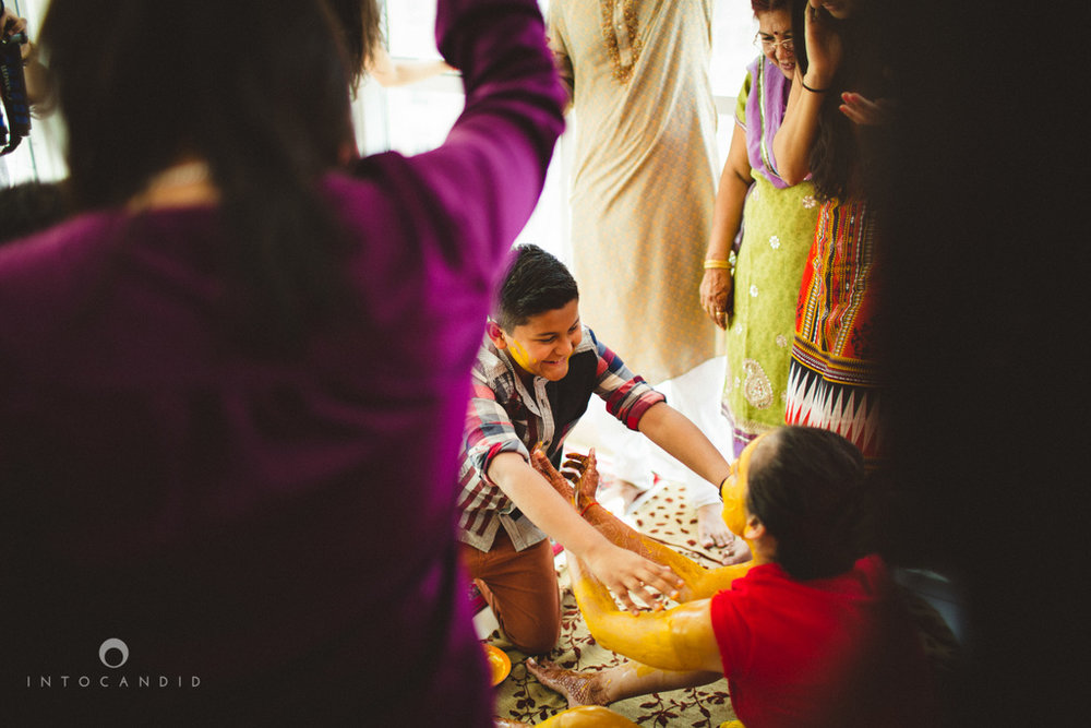 dubai-destination-wedding-into-candid-photography-haldi-pr-046.jpg