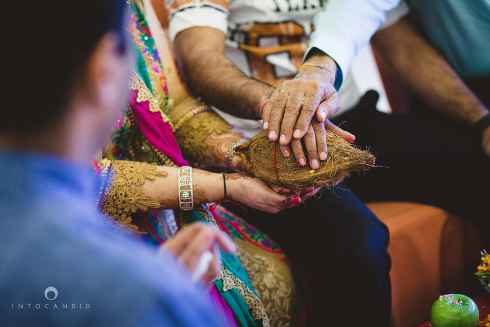 dubai-destination-wedding-into-candid-photography-haldi-pr-056.jpg
