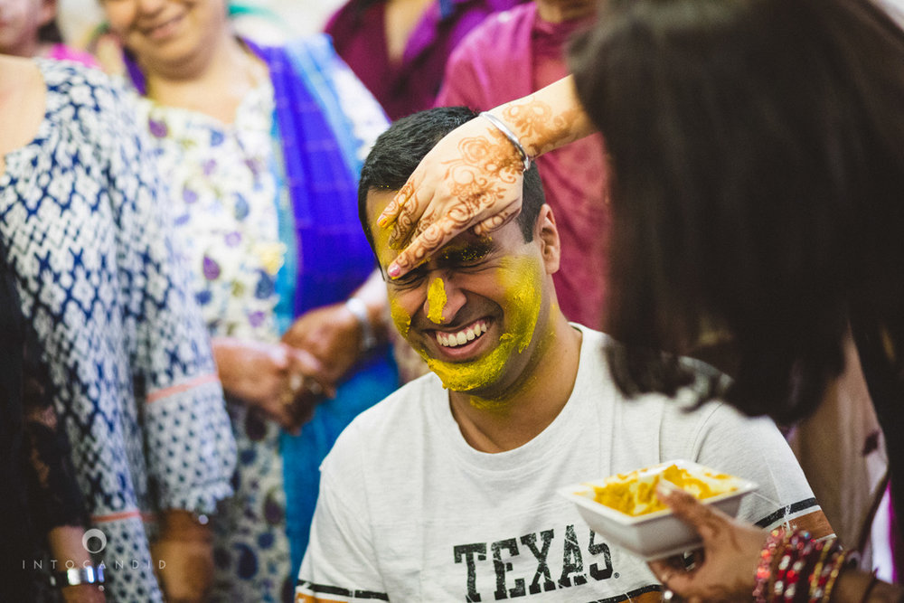 dubai-destination-wedding-into-candid-photography-haldi-pr-068.jpg