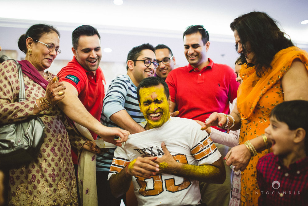 dubai-destination-wedding-into-candid-photography-haldi-pr-069.jpg