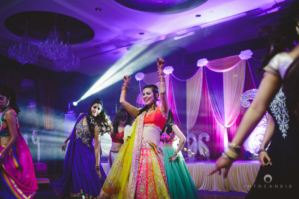 dubai-destination-wedding-into-candid-photography-sangeet-pr-083.jpg
