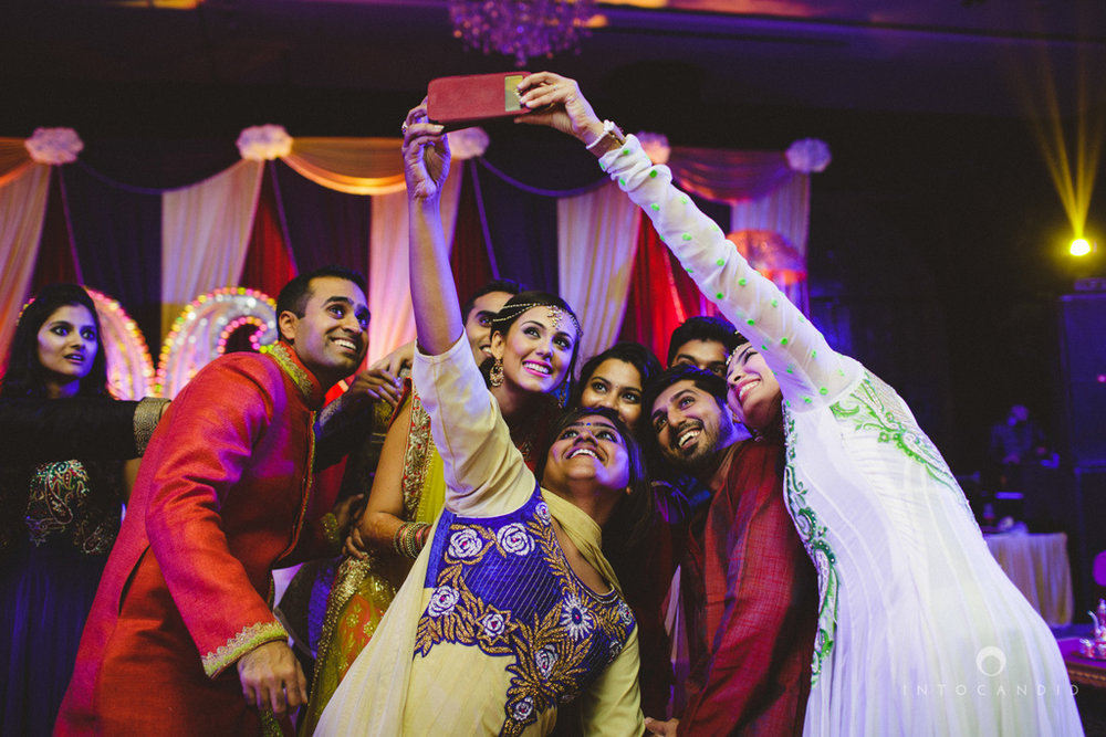 dubai-destination-wedding-into-candid-photography-sangeet-pr-102.jpg