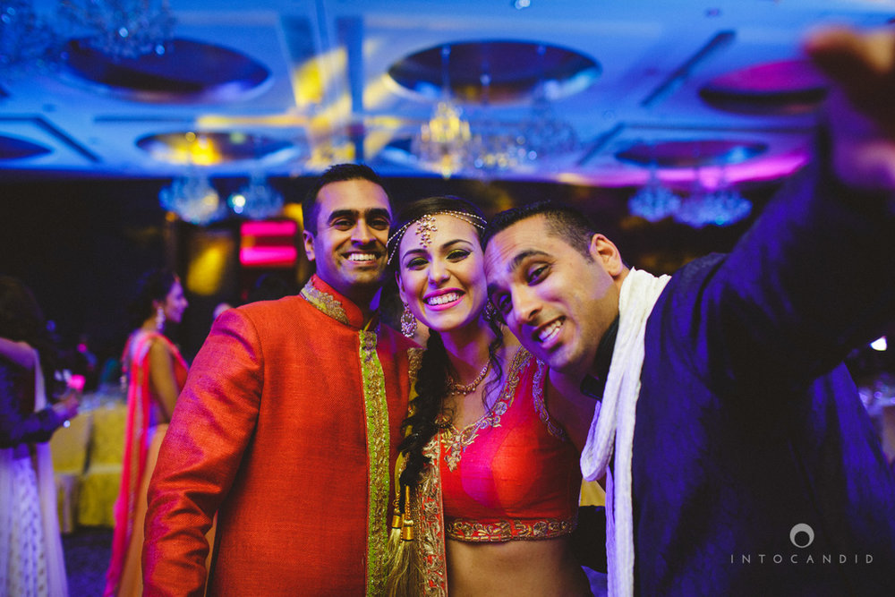 dubai-destination-wedding-into-candid-photography-sangeet-pr-103.jpg