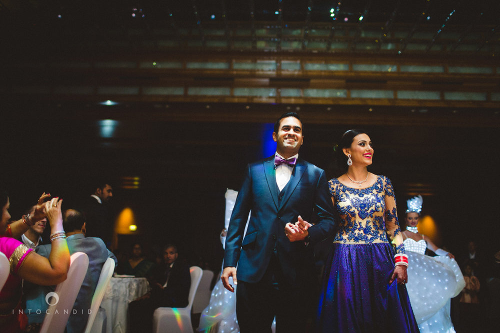 02-ritzcarltondifc-dubai-destination-wedding-reception-into-candid-photography-pr-161.jpg