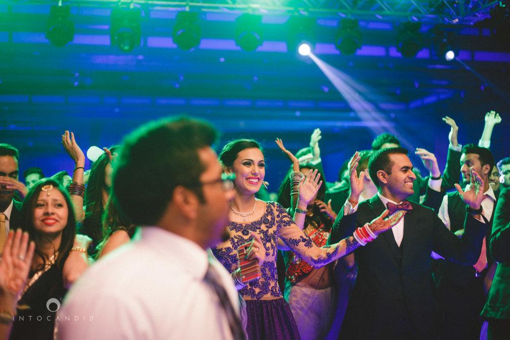 02-ritzcarltondifc-dubai-destination-wedding-reception-into-candid-photography-pr-194.jpg