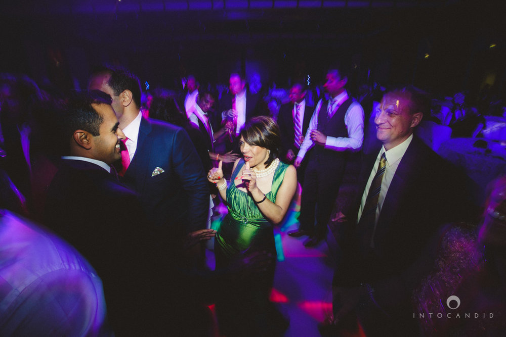 02-ritzcarltondifc-dubai-destination-wedding-reception-into-candid-photography-pr-200.jpg