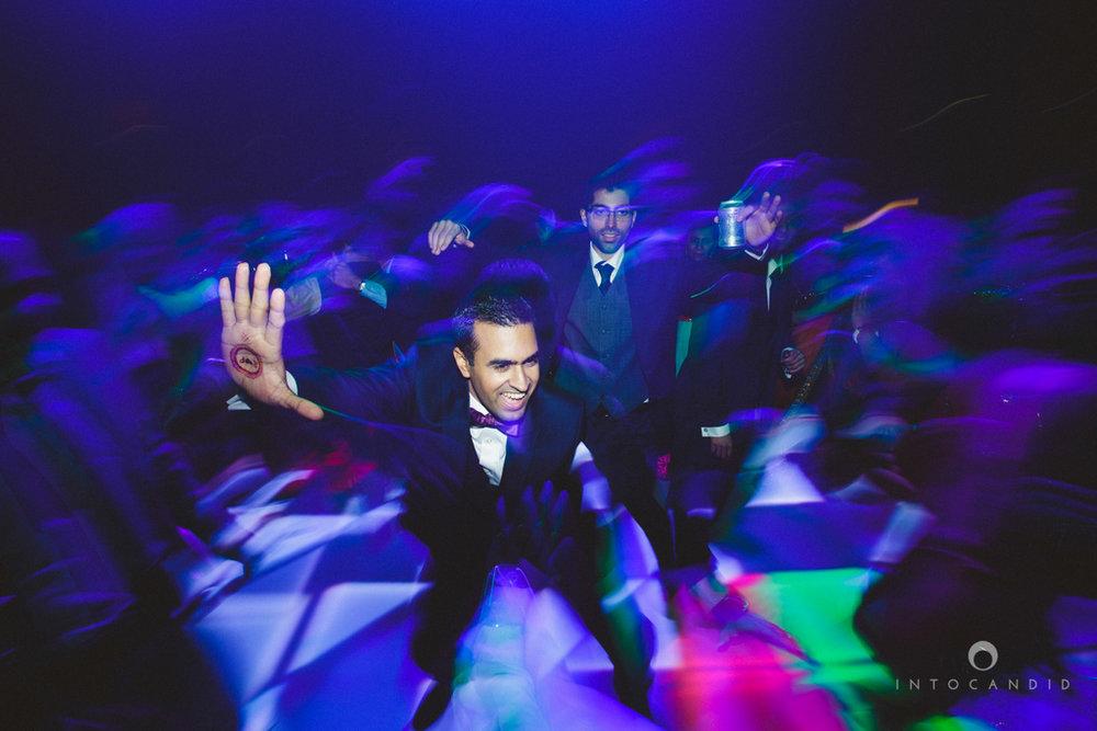 02-ritzcarltondifc-dubai-destination-wedding-reception-into-candid-photography-pr-204.jpg