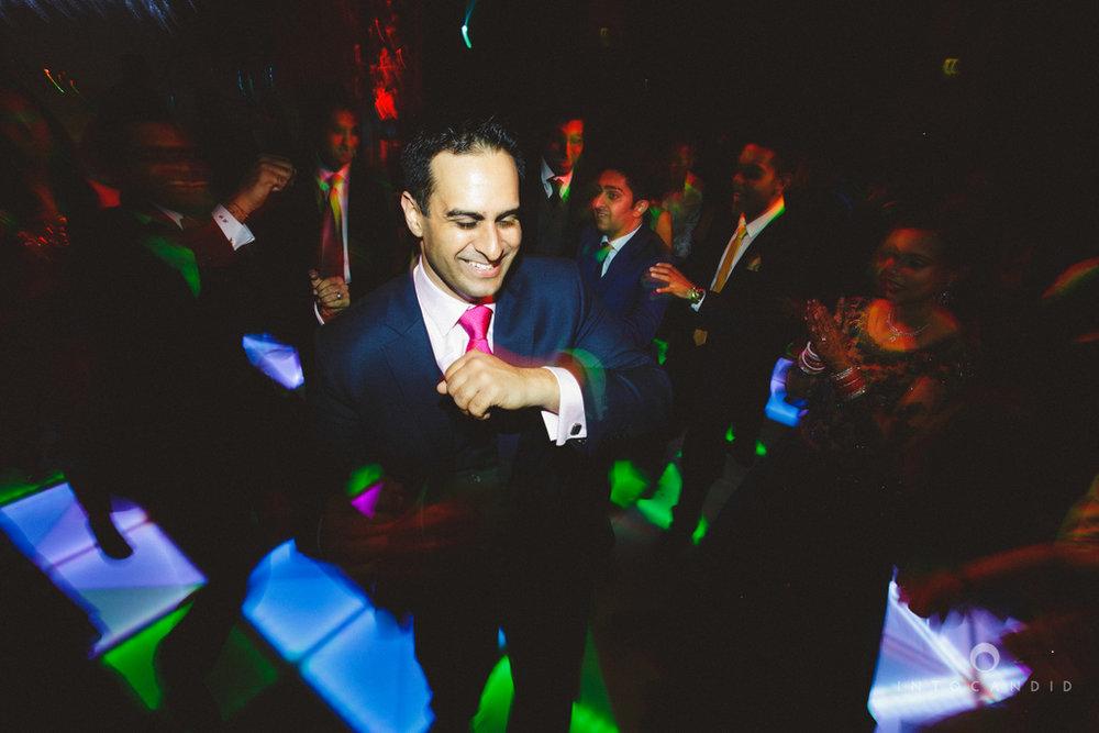 02-ritzcarltondifc-dubai-destination-wedding-reception-into-candid-photography-pr-205.jpg