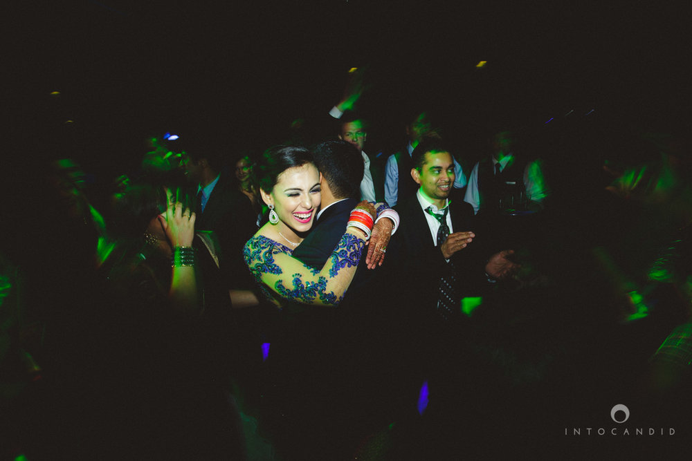 02-ritzcarltondifc-dubai-destination-wedding-reception-into-candid-photography-pr-207.jpg