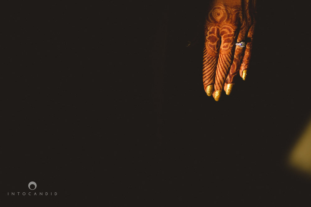 mumbai-pheras-intocandid-wedding-photography-ps-04.jpg