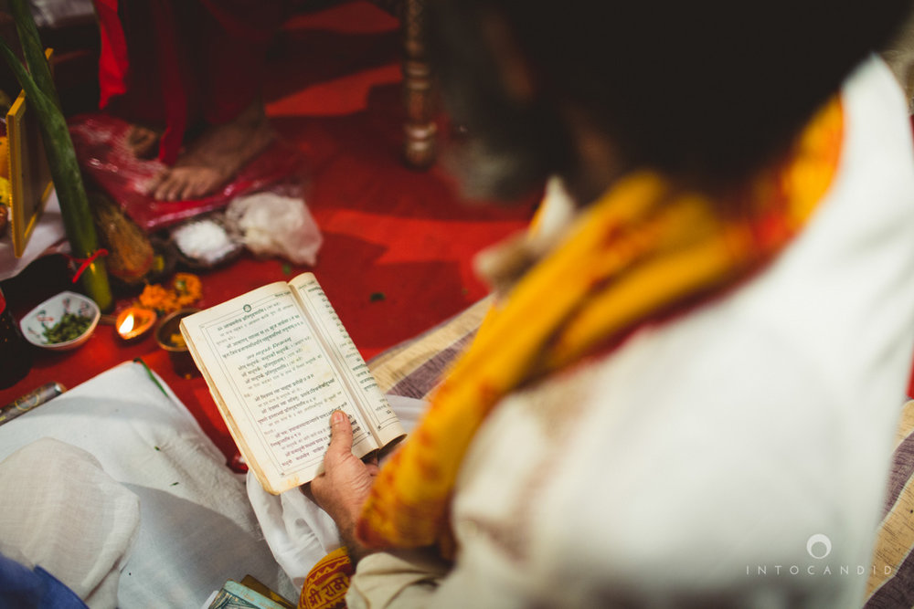 mumbai-pheras-intocandid-wedding-photography-ps-37.jpg