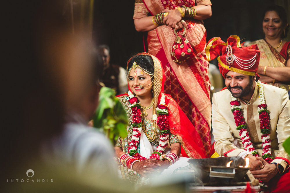 mumbai-pheras-intocandid-wedding-photography-ps-63.jpg