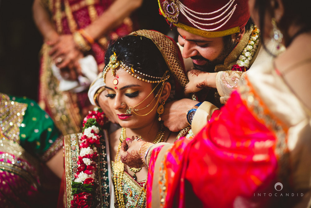 mumbai-pheras-intocandid-wedding-photography-ps-65.jpg