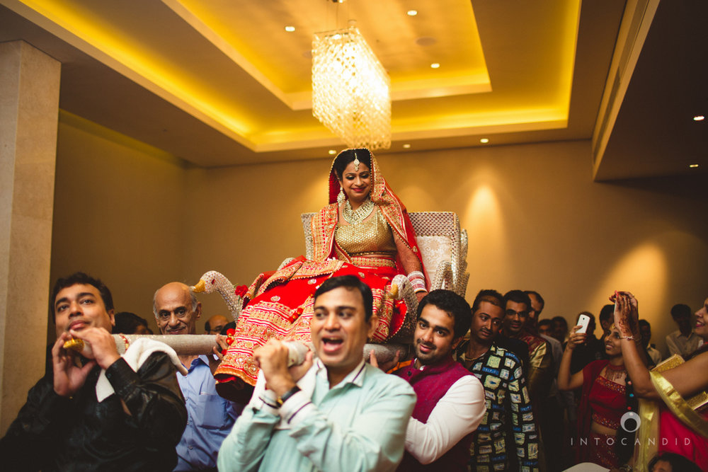 pune-hilton-wedding-photographer-intocandid-ka-28.jpg