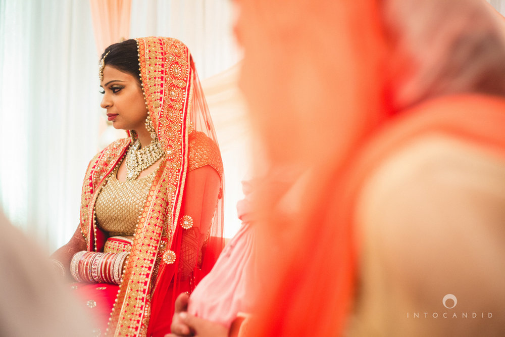 pune-hilton-wedding-photographer-intocandid-ka-30.jpg