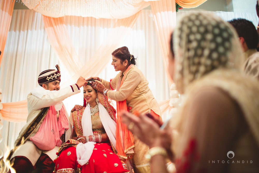 pune-hilton-wedding-photographer-intocandid-ka-51.jpg
