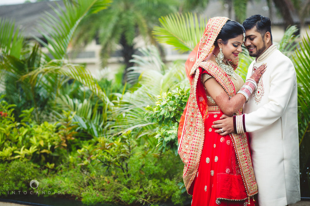 pune-hilton-wedding-photographer-intocandid-ka-59.jpg