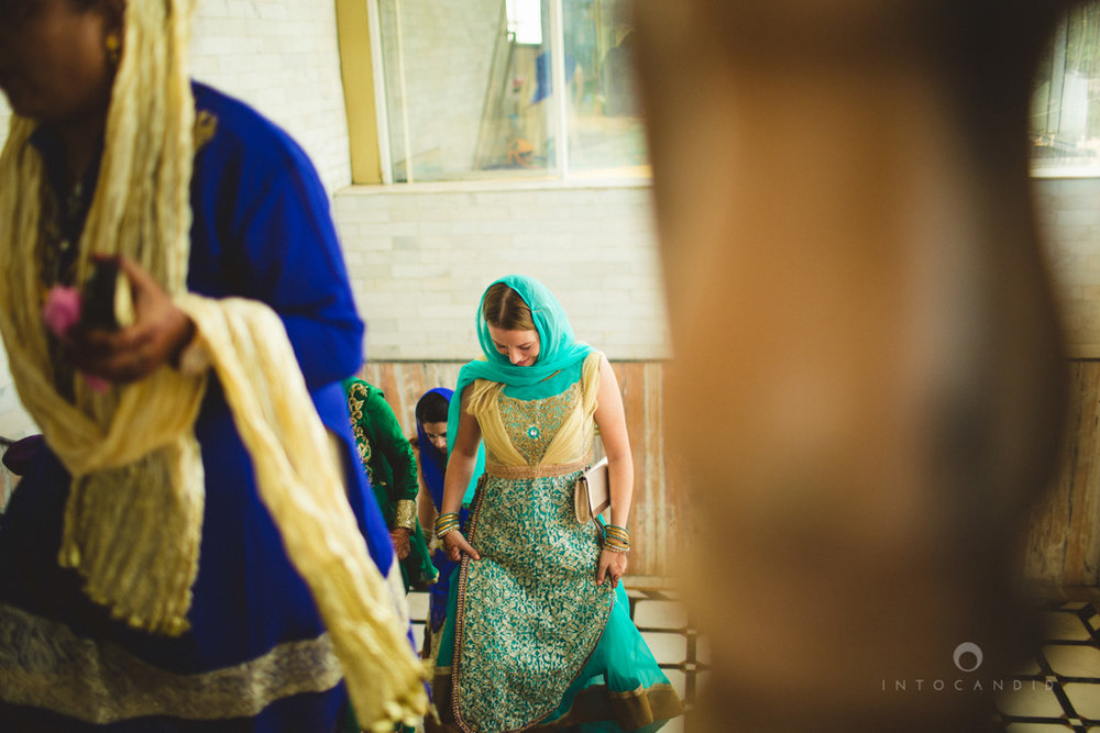 gurudwara-wedding-mumbai-photography-candid-jv-43.jpg