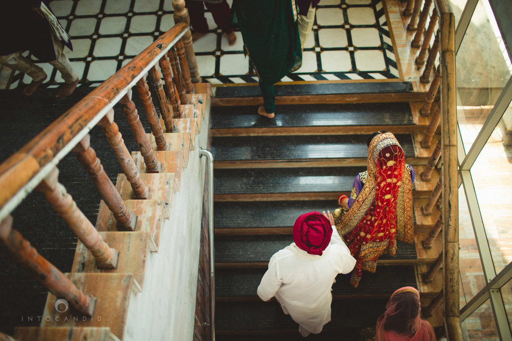 gurudwara-wedding-mumbai-photography-candid-jv-44.jpg
