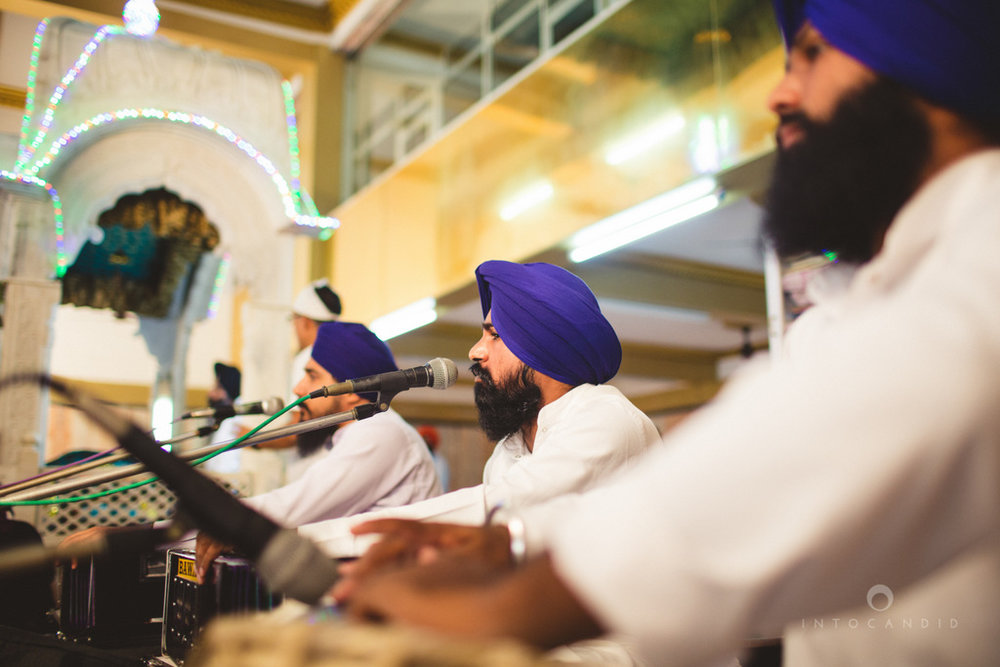 gurudwara-wedding-mumbai-photography-candid-jv-50.jpg