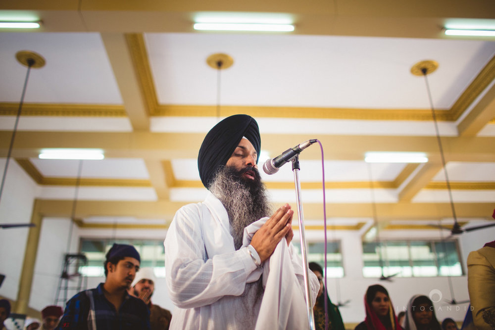 gurudwara-wedding-mumbai-photography-candid-jv-61.jpg