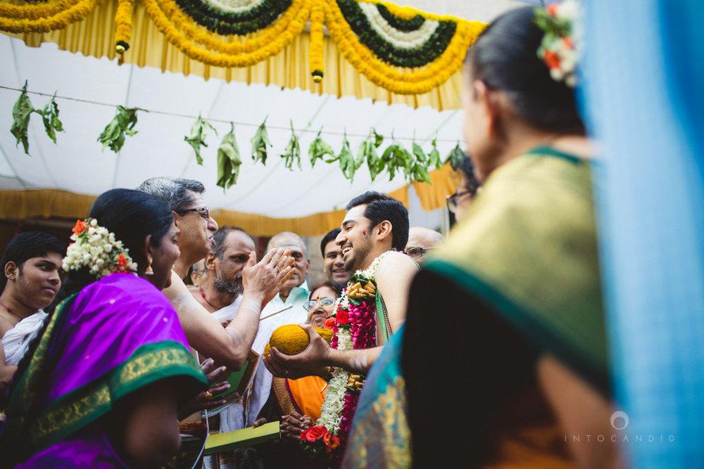 mumbai-wedding-photography-intocandid-southindian-wedding-photographer-ag-09.jpg
