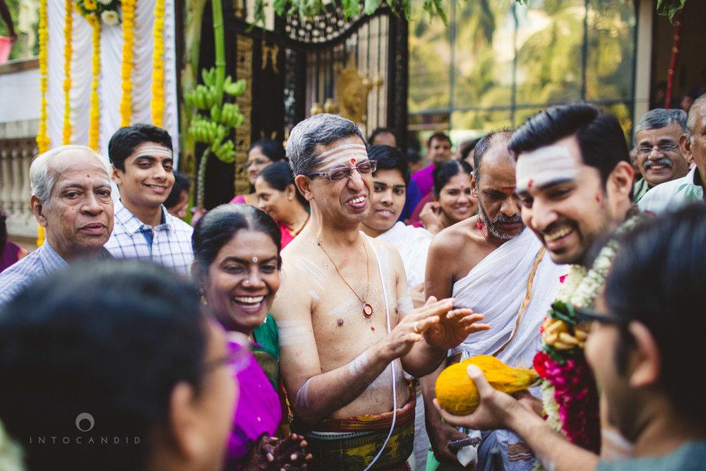 mumbai-wedding-photography-intocandid-southindian-wedding-photographer-ag-10.jpg