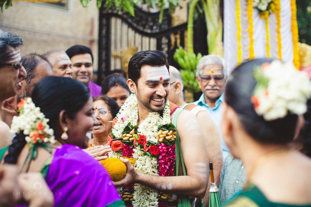 mumbai-wedding-photography-intocandid-southindian-wedding-photographer-ag-11.jpg