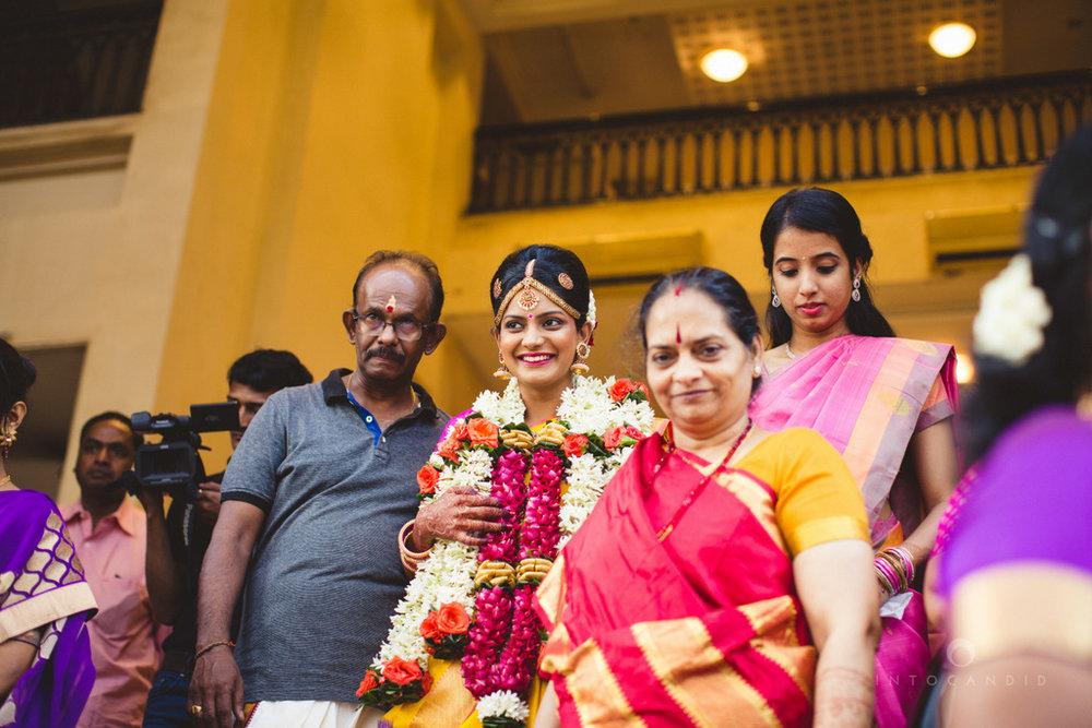 mumbai-wedding-photography-intocandid-southindian-wedding-photographer-ag-14.jpg